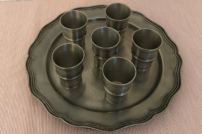 Little tin cups & plate