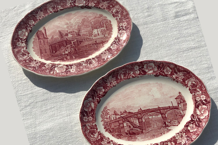 Palissy Pottery servicing plates