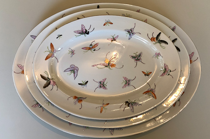Butterfly serving plate